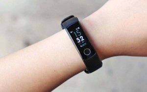荣耀手环4在手机上设置锻炼功能的方法