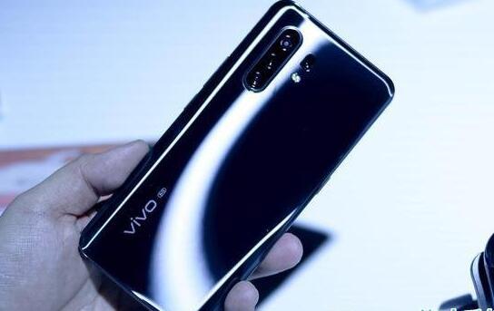 拍照手机哪款好用? 当下值得入手的高品质拍照手机推荐