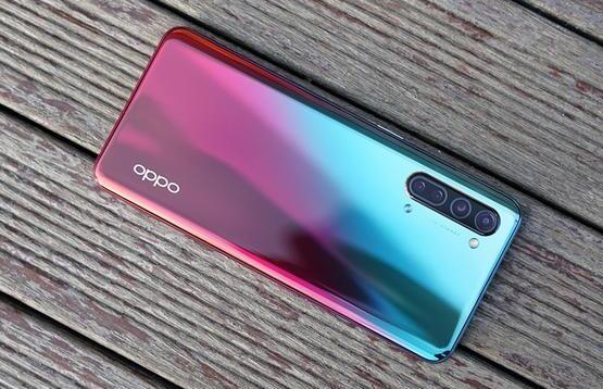 性能不俗外观精致 六款3000元左右的国产手机精选推荐