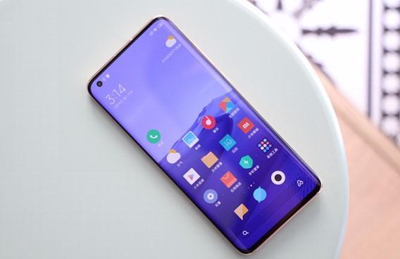 性能最强的四款国产旗舰手机 来看看你最喜欢哪一款?