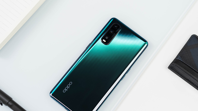 高清屏还带120hz高刷 2020年配备高素质屏幕的旗舰手机推荐