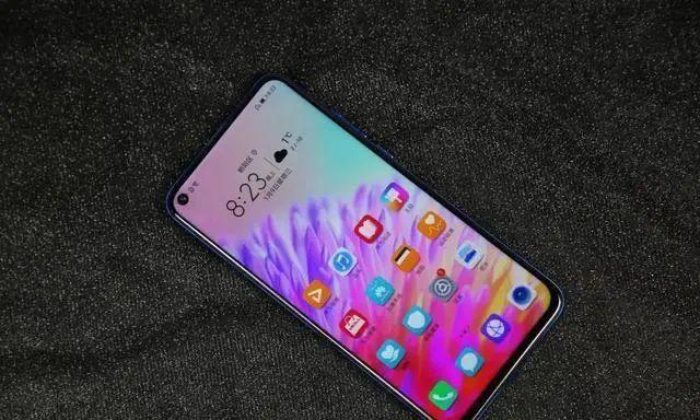 目前公认最实惠的四款华为手机 价格己至冰点 用三年不卡!