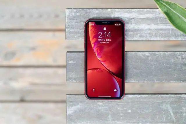 4款降至新低价的旗舰手机 第一销量最高 最后一款拥有顶级屏幕